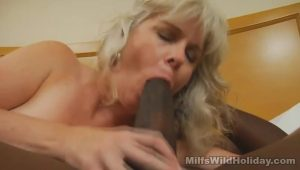 Obese Mature Works A Black Cock | HotPorn.tube