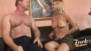 Sexy Mature Fucks A Man At The First Date | HotPorn.tube